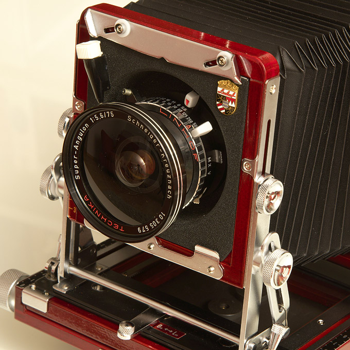 Super Angulon 5,6/75 lens on a Tachihara 4x5 camera